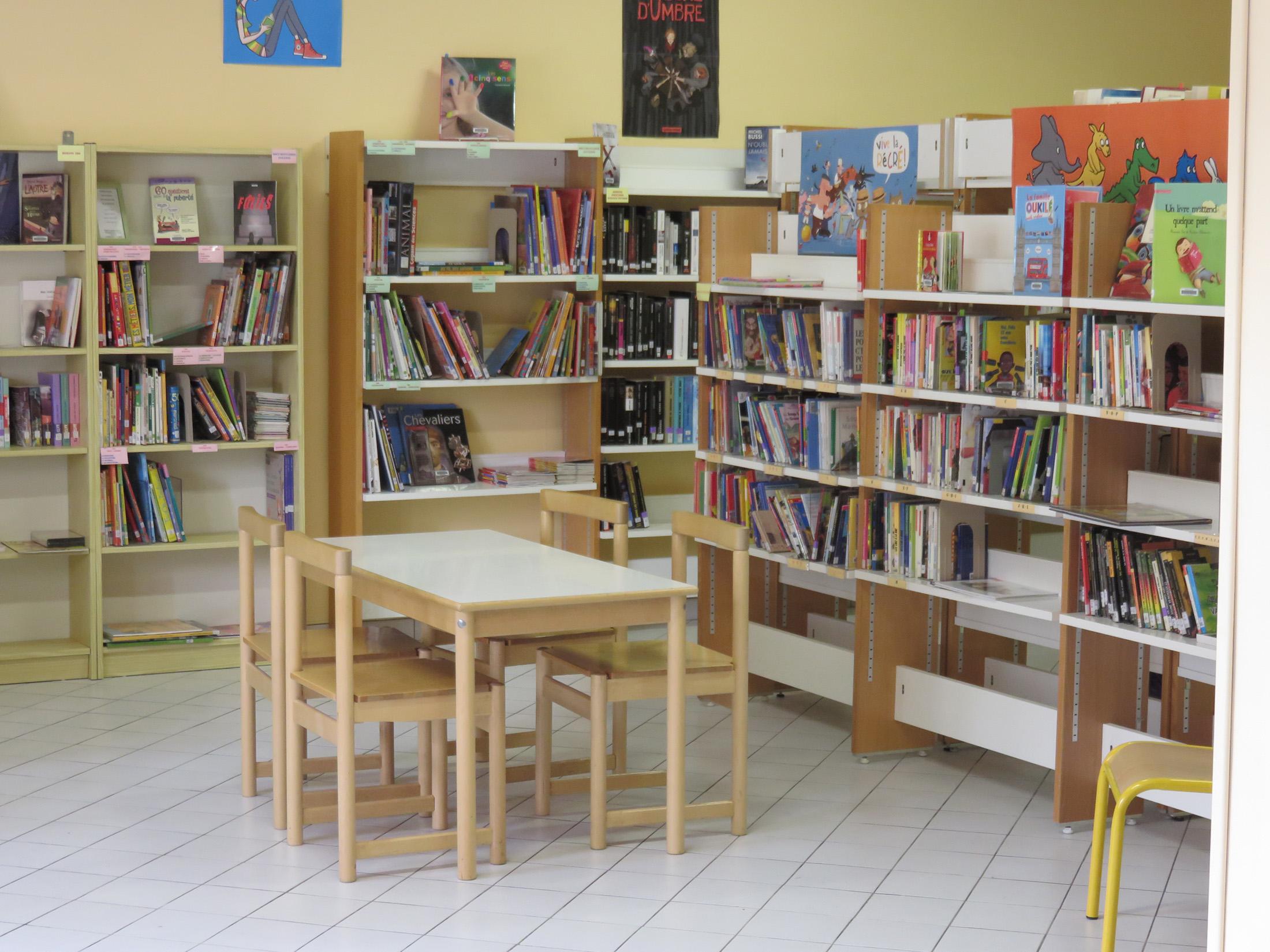 Bibliothèque de Louzac-Saint-André